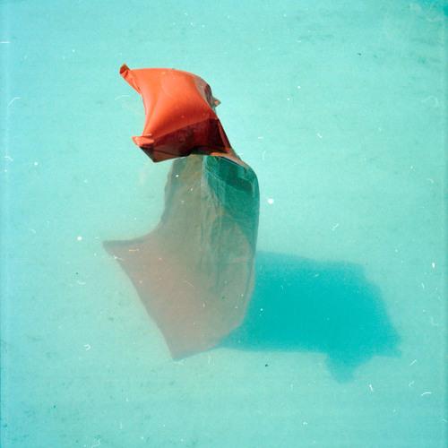 LT009 // sonofdistantearth - Parachute EP