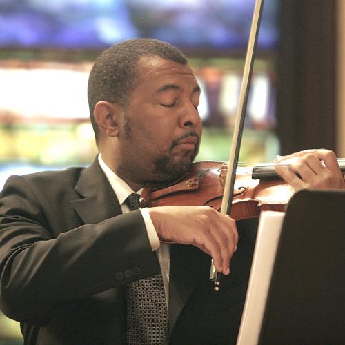 Erich Wolfgang Korngold: Violin Concerto - John McLaughlin Williams, Violin