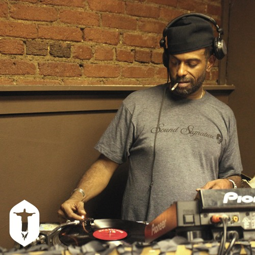 Theo Parrish - Live at Hot Mass Pittsburgh - 10/18/2014 - Part 1