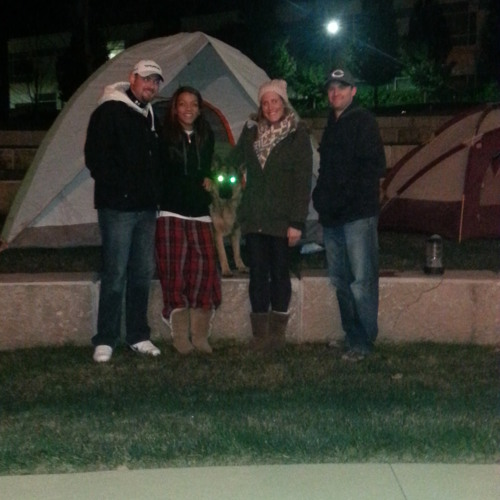 """COD Students """"Sleep Out"""" to End Homelessness"""