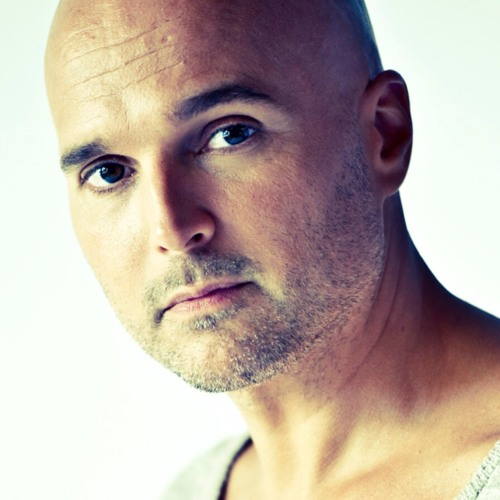 Vincent Vilouca van 'The Voice' live bij OPEN Rotterdam 93.9FM