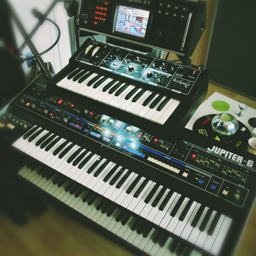 Roland Jupiter 6 TEST By Moimir Papalescu by Moimir