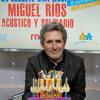 Miguel Ríos y el coro de la Escuela de Música Creativa