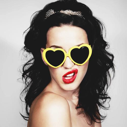 Katy Perry- I Kissed A Girl (Koa Remix) by Koa