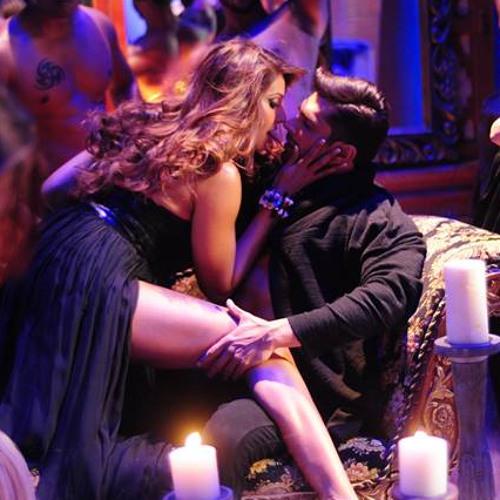 Official 'Touch My Body' Song | Alone 2015 | Bipasha Basu & Karan Singh Grover