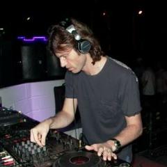 John Digweed - Transitions FEB 11, 2005 Feat. H. Cattaneo - (Metrodance 95.1 FM) part 2
