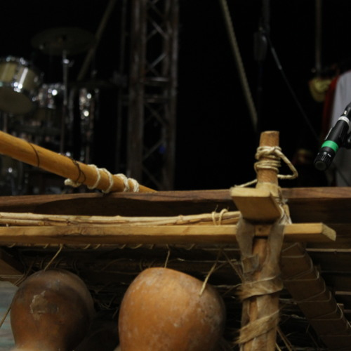 Gil African tuned percussion clip