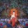 La vita si svolge nel presente, insegnamenti di buddhismo tibetano di Lama Michel Rinpoche