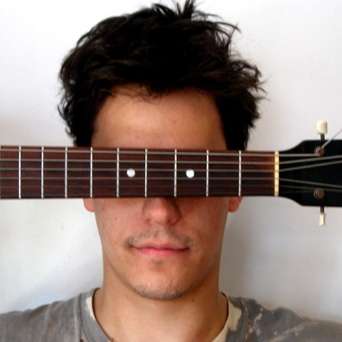 Taylor Levine – Guitar