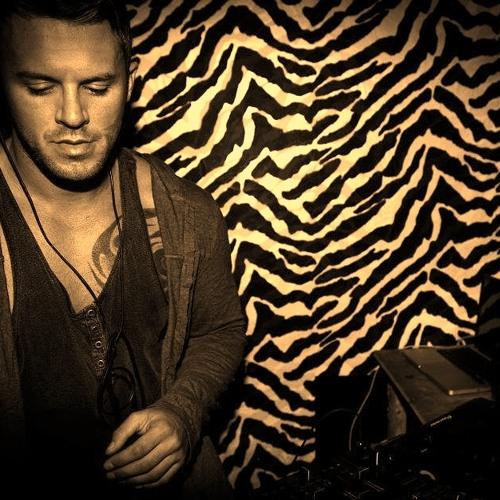 Michael Dunne - 'BIG' House Mix