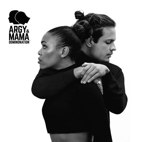 ARGY & MAMA - BONES