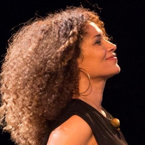 Ⓒ Ghalia Benali & Hani Nadeem 2012    Here And Beyond     لا ليس لي قمرٌ