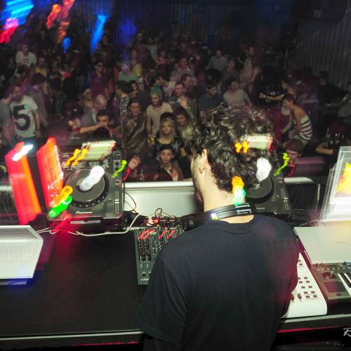 DJ Latam mixing at Studio Martin 9 dec 2011 [part 1 cut from set] (part 2 @ mixcloud.com/djlatam)