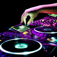 Reggaeton (dando Break - Sandunga - Peligras - Emborrachate - Si Tu No Estas - El Perdon )(2)