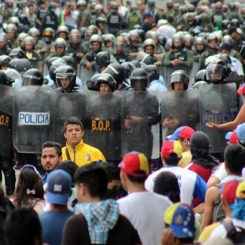 Political Turmoil in Venezuela & Searching for an End to the Civil War in Colombia (Lp2272015)