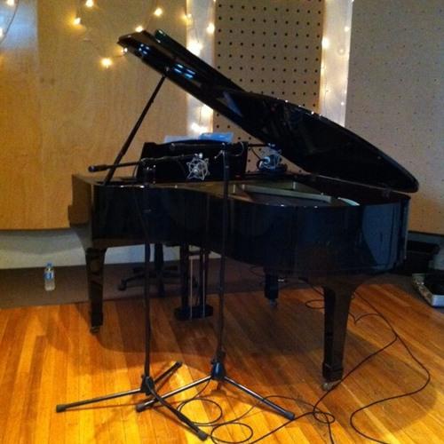 Head Gap Yamaha G2 grand piano
