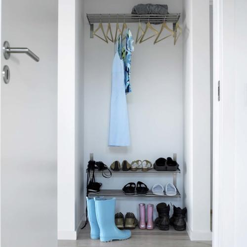Darf man ein Schuhgestell ins Treppenhaus stellen?