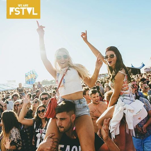 WE ARE LOVEJUICE MIX Vol 4: WE ARE FSTVL 2015