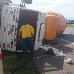 Acidente na Dom Pedro interrompe coletiva de Alckmin; Governador teve carro atingido