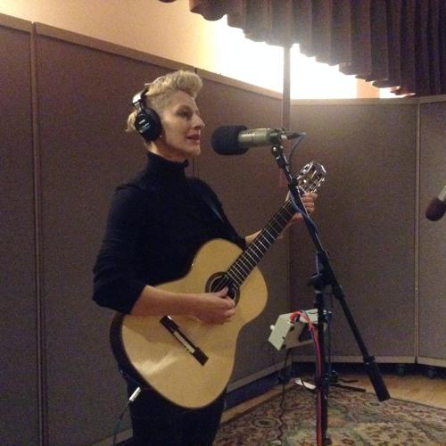 Nino Arobelidze sings