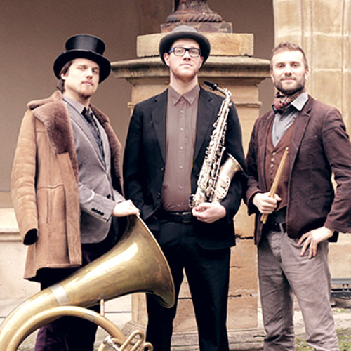 Trio Dandy