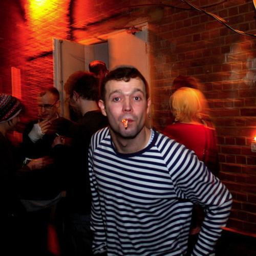 Ransom Note Ears Exclusive: Charlie Bennett's 'Originarl' mix