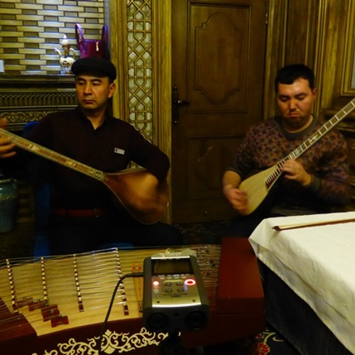Kashgar Ensemble - Hajam (Xijiang, China)