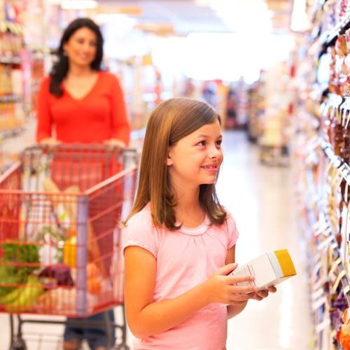 Darf man eine Flasche oder Essen bereits vor der Kasse konsumieren?