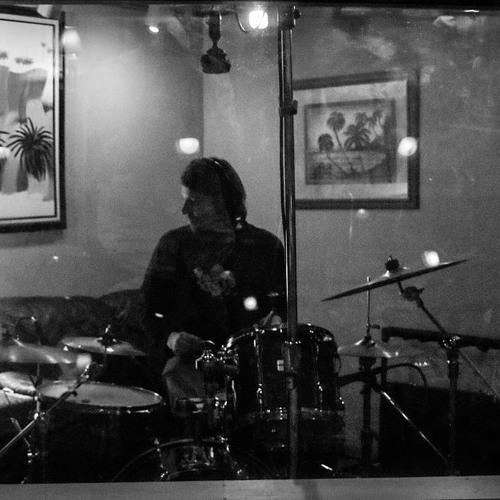 KufKnotzBand LIVE At Cue Studios - Flourescent Highs - April 2015