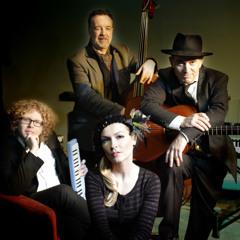 Aurora & the Chanson Trio - Sous Le Ciel de Paris/Parisienne Walkways