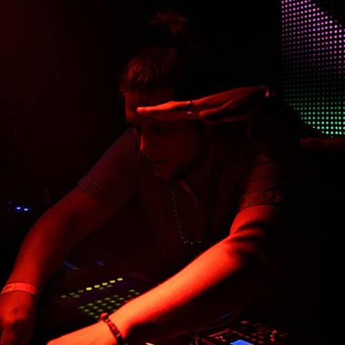 09.09.2012   Hanky @ Baselounge Radio   DJ Set