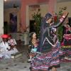 49 India - nomadic desert musicians performing