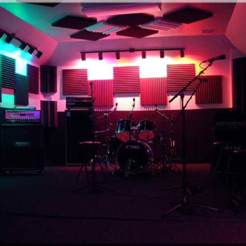 HELLHOUND Studios April 2015 Writing Session D3T4(collab w/F, Felicetta DRUMS,C. Nyberg KEYBOARD)