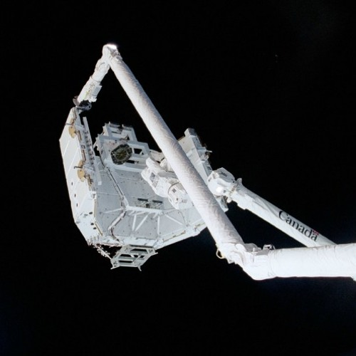 Installation and operations of Canadarm2 on the ISS