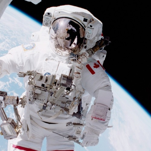 Chris Hadfield reminisces about walking in space and installing Canadarm2 on ISS