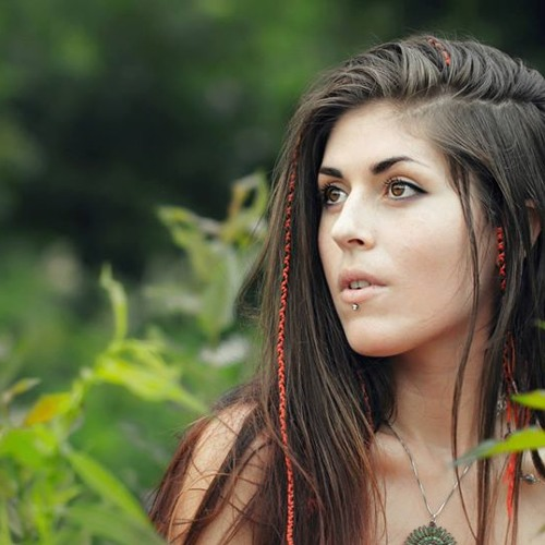 Julia Westlin - I Want To Break Free (Reggae Version)