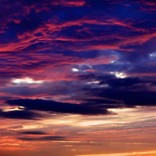 больше картинки звуки неба вырезаны фрезером, потом