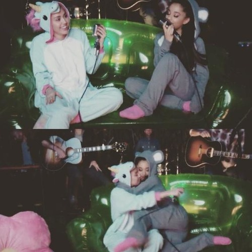 Miley Cyrus Ft Ariana Grande Don T Dream It S Over Backyard Sessions Without The Mistake By All About Miley