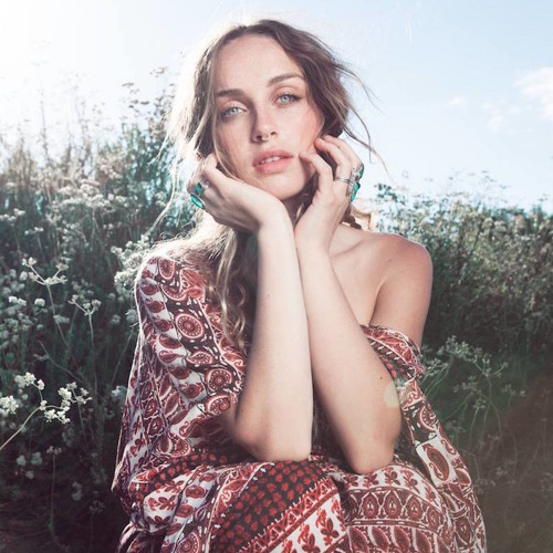 SubModern Session - Zella Day
