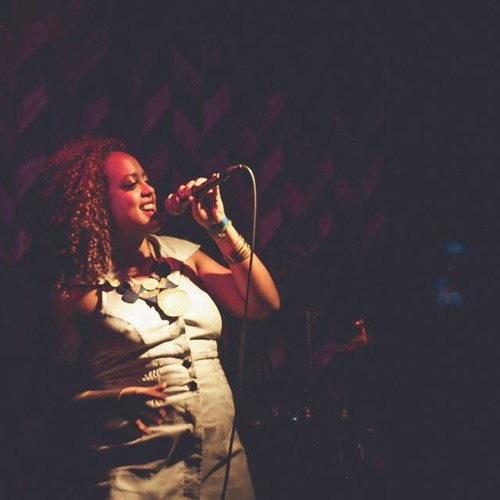 Laylah Arruda meets Dubplay-Olhem para África