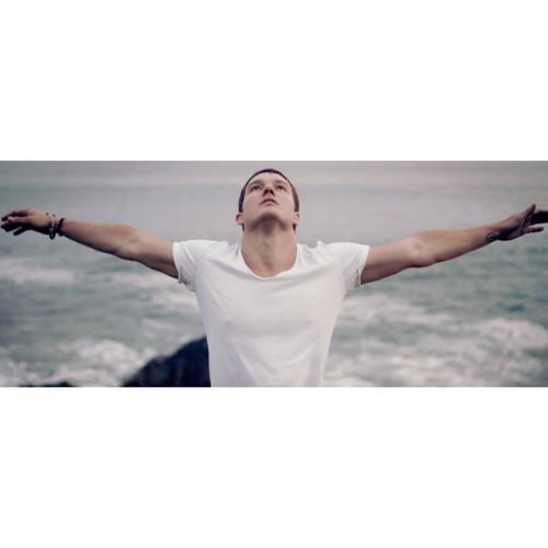 Kelly Clarkson - Invincible (tyDi Remix)