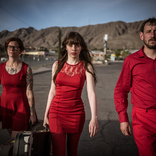 "Le Butcherettes ""They Fuck You Over"""