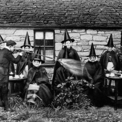 Radio Thésards / Qui sont les sorcières ?