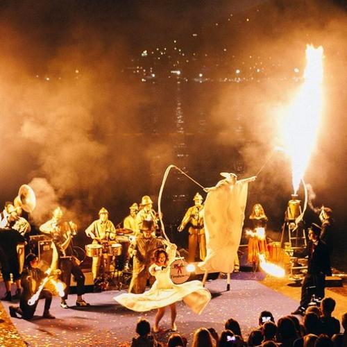 Уличный Театр Огненные Люди Искреннее Шоу. Джем после представления