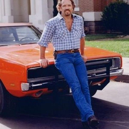 Rick on Red talks to Dukes of Hazzard star, Tom Wopat!