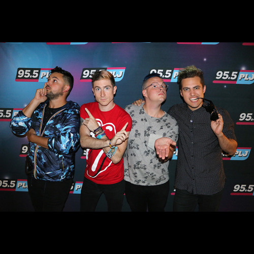 INTERVIEW: Walk The Moon On Chart Success, Next Single And Dedicated Fans