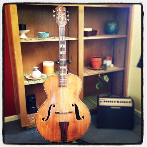 Improvisation On An Old Guitar