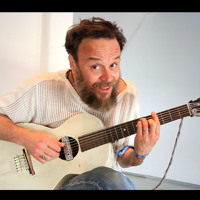 """Rodrigo Amarante - """"O Cometa"""" @ Newport Folk Fest 2015"""
