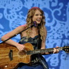 Taylor Swift 'I Knew You Were Trouble' I BRITs 2013 I OFFICIAL - HD (256kbit)