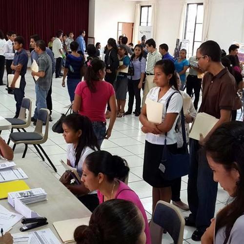 Feria De Empleo En Zacatecoluca